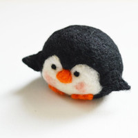 HELLO Charming penguin wool, black color, original gift for a child, a good souvenir and mascot for all