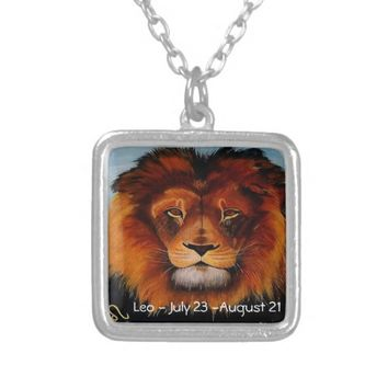 Face of a lion realistic painted custom necklace