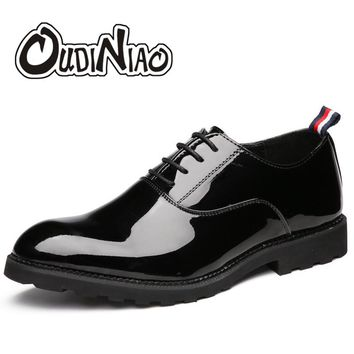 Mens Shoes Casual Large Sizes Shiny Surface Lace Up Big Size Casual Dress Shoes Men Luxury Solid Black Oxfords Men's Shoes 2017