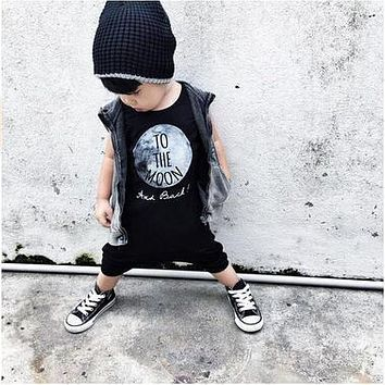 Summer 2017 baby boy clothes cotton sleeveless To The Moon printed baby rompers baby girl clothing newborn infant jumpsuits