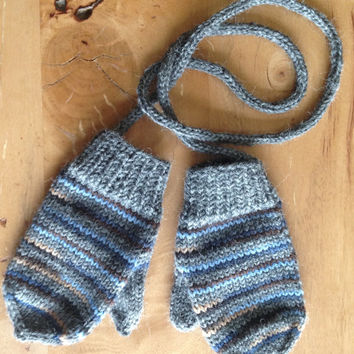 Hand knitted mittens with thumb and string, size 12-24 months old. Ready to ship. Winter accessories.