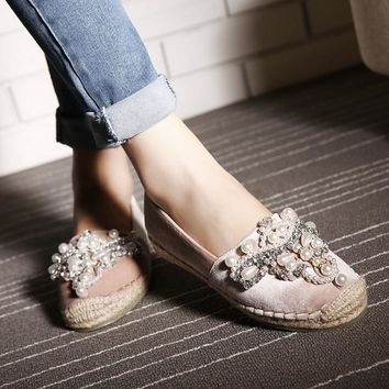 2017 New Pearl Espadrille Soft Leather Rhinestone Women Flat Shoes Loafers Valentine S