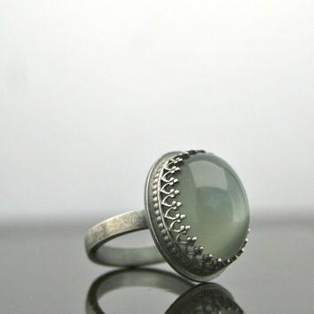 Green Moonstone Cabochon Ring - Sterling Silver - Gemstone Ring - Size 6.75 - Cocktail Ring - Statement Ring