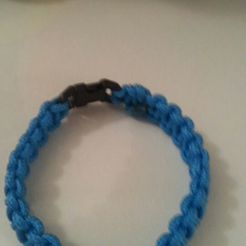 Light blue and white paracord 550/325 bracelet with survival buckle or regular buckle