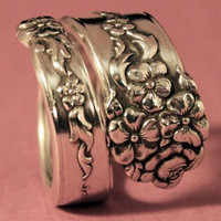 Moss Rose Spoon Ring