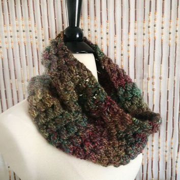 FREE SHIPPING - Crochet, Cowl, Infinity, Scarf - Unisex, Mens, Womens - Multi, Gold, Blue, Green, Purple, Pink, Red