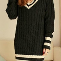V Neck Twist Slim Sweater Black$38.00