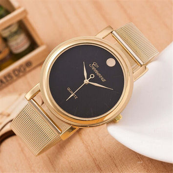 Casual Sports Gold Alloy Strap Mesh Watch