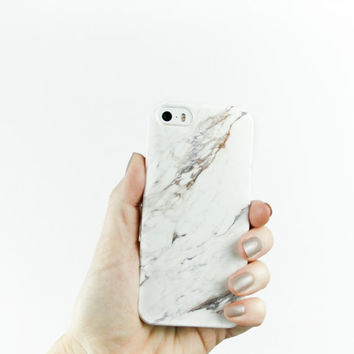 Christmas Gift, Stalking Stuffer, Gift for Her, Minimalist Fashion Gift, for Best Friends Marble Phone Case