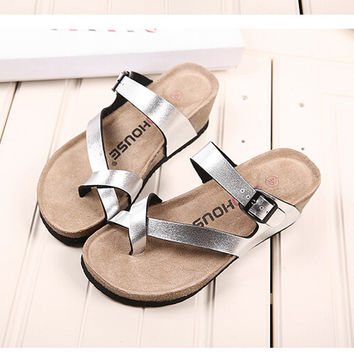Women Slippers Fashion Brand Flip Flops comfortable Casual Women Sandals High Heels Women Summer Wedges Platform Beach Slippers