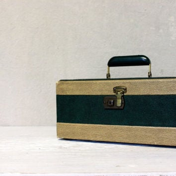 vintage train case luggage suitcase // leather green and ivory carrying case // vintage storage organization
