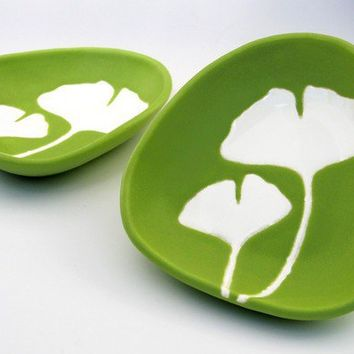 Dipping dish ginkgo in chartreuse by hopejohnson on Etsy