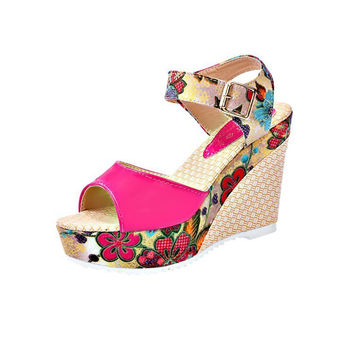 Xiaochun Korean version of the summer slope with ladies sandals Roman floral thick bottom muffins summer high heels small shoes