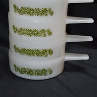 Green Daisy Milk Glass Oven Safe Soup-Chili Bowls with Handles-Set of 4