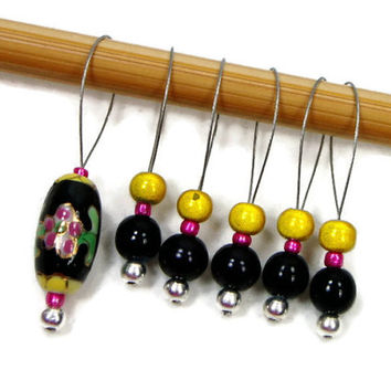 Knitting Stitch Markers Set, Beaded, Snag Free, Black, Pink, Yellow, Gift for Knitter, TJBdesigns, Snagless