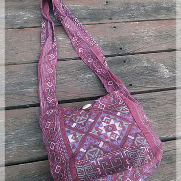 Maroon Mini Shoulder Bag Sling Hippie Gyspy Boho Hobo Pouch Yam Ethnic Aztec Art Printed Purse Beach Tote School Bags Crossbody Messagenger