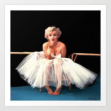 Marilyn Monroe Portrait Art Print by Gabriel T Toro