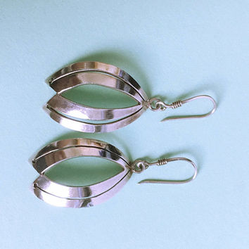 Vintage Sterling Silver Oval Pierced Earrings, Concave Dangle and Drop Open Work Fish Hooks Signed TAXCO