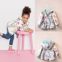 2016 New Spring Cute Baby Girl Coat Print Cartoon Graffiti Hooded Zipper Girl Jacket Full Sleeve Toddler Girl Outerwear