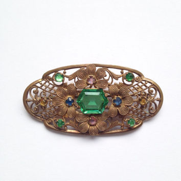Vintage 1940s Czech gold metal filigree & green jewelled brooch - classic costume jewellery, gold metal, flowers, floral, stunning