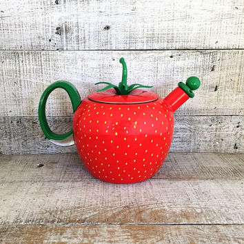 Enamel Tea Kettle Metal Teapot Shaped Like a Strawberry Vintage Whistling Tea Kettle Red Teapot Mid Century Kitchen Decor Country Kitchen