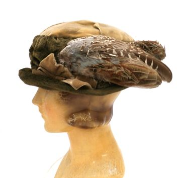 Antique Hat Edwardian Ladies Toque  Mohair Birdwings Feathers Floral Applique Large