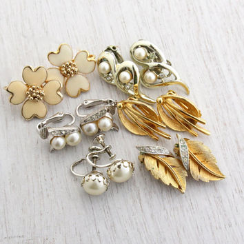 Vintage Faux Pearl Clip On Earring Lot - 6 Pairs of 1950s Era Gold & Silver Tone Costume Jewelry  / Retro Earring Destash