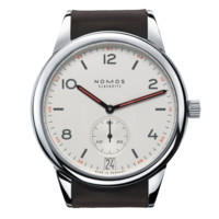 Club Automat Datum stainless steel back | Beautiful watches purchased online. Directly from NOMOS Glashütte.