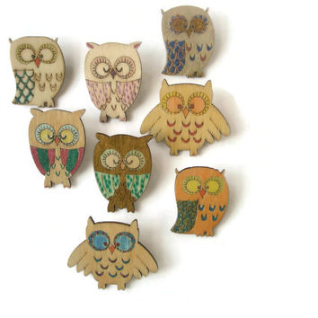 Brooch Owls Hand painted Wooden Cute woodland fun Jewelley