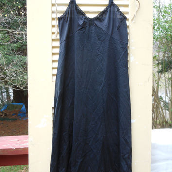 Black Full Slip Shadowline Size 34 Tall Floral Lace 1980s Nylon Spandex Mod PinUp Rockabilly  Vintage Lingerie Ladies Undergarment Intimates