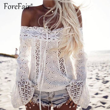 Forefair Sexy Slash Neck Off Shoulder Lace Tops Women Flare Long Sleeve T Shirt 2017 Summer Fashion Tops Black&White Vest