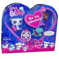 Littlest Pet Shop Figures Exclusive Valentine's Day 4-Pack (Bunny, Frog, Doggie and Panda)