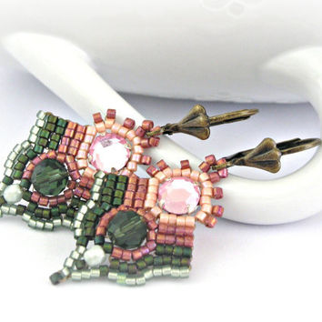Vintage rose and forest green beaded earrings