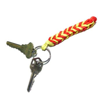 Fishtail Key Holder - Rubber Band Keychain Accessory - Stretchy Rubber Key Ring Made of Rubber Bands - Stocking Stuffer Idea