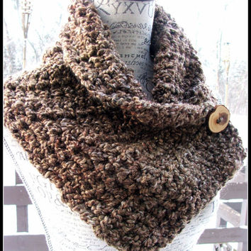 Crochet Scarf. Infinity Scarf. Infinity Cowl. Cowl. Scarf. Chunky. Brown. Wood button cowl