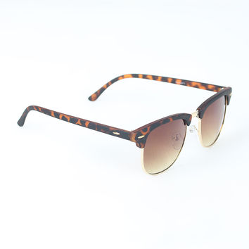 Wayfarer Design Ombre Lenses Sunglasses