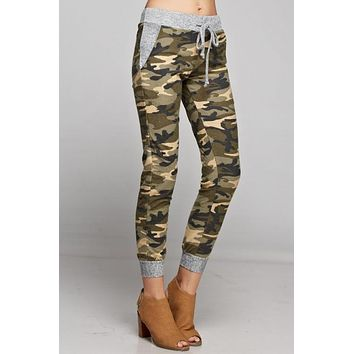 Camo Jogger with Solid Trim - Khaki and Olive