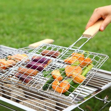 2017 New Arrival Plated Chrome Non-stick Four Hamburg Grilled Barbecue Clips Net With Wood Handle For Outdoor Camping Picnic