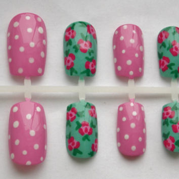 Roses and Polka Dots Fake Nails - False, Artificial, Acrylic, Press-On