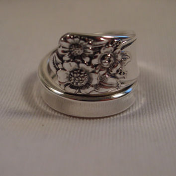A Gorgeous Spoon Ring Size 7 1/4 April Pattern Handmade Silverware Rings t446