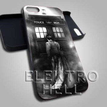 AJ 1731 Dr Who The Tardis Box - iPhone 4/4s/5 Case - Samsung Galaxy S2/S3/S4 Case - Black or White