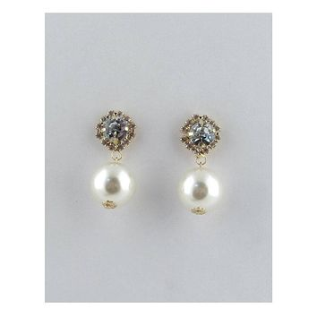 Post stud faux pearl dangle earrings