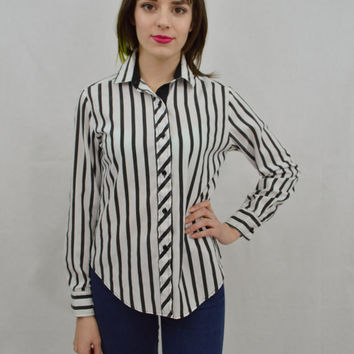Oxford Shirt Collared Striped Small Black White Preppy Hipster Soft Grunge Womens Vintage Clothing 90s 1990s Candy Striped Button Up Blouse