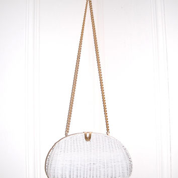 vintage white wicker purse . gold chain . snap closure
