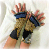 Womens Arm Warmers, Upcycled Hand Warmers, OOAK Arm Warmers, Fingerless Gloves, 100% Handmade Gloves, Altered Clothing by Pandora's Passions