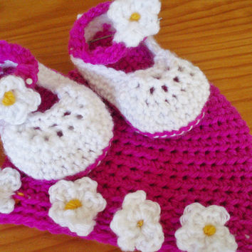 Crochet Pattern Spring Baby Booty Shoes and Hats