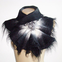 Wool Scarf Neckpiece Collar. Felted Wrap scarf. Shibori Dargk Gray & White Nuno Felted Wool Scarf Alpaca and silk scarf