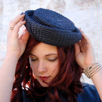 Vintage 1940s hat, navy blue raffia straw pillbox bumper formal, 1950s sailor nautical