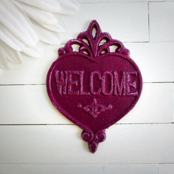Chic Welcome Sign / Pluml Decor / Welcome  / Housewarming Gift / Vintage Decor / French Country Decor / Heart Decor /Housewarming Gift