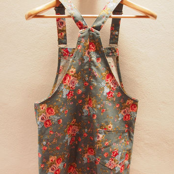 Skirtall, Floral Skirtall, Green with Rose Overall, Apron Overall skirtall, Vintage Inspired, XS-XL